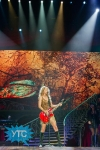 taylor-swift-staples-center-2011-13_512x768