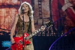 taylor-swift-staples-center-2011-32_1024x683