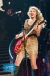 taylor-swift-staples-center-2011-49_512x768