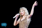 taylor-swift-staples-center-2011-61_1024x682