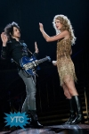 taylor-swift-staples-center-2011-66_512x768