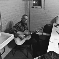 Tommy Emmanuel @ Hoyt Sherman Auditorium – Des Moines, Iowa 9-26-10