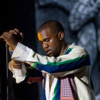 Photos – Kanye West @ Coachella – Indio,CA – 04/17/11