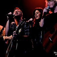 Photos – Little Big Town @ Hoyt Sherman Auditorium – Des Moines, IA 9-15-11