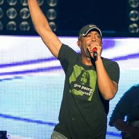 Photos – Darius Rucker @ Staples Center – Los Angeles, CA – 3/27/12
