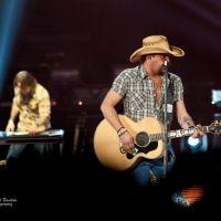 Photos – Jason Aldean w/ Florida Georgia Line & Tyler Farr @ Wells Fargo Arena – Des Moines, IA – 1/16/14