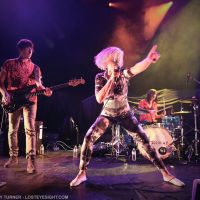 Photos – Ellie Goulding with Conway at the Ventura Theater – Ventura, CA – 4/16/2014